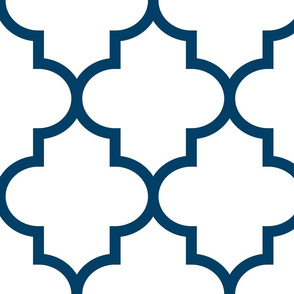 quatrefoil XL navy blue on white
