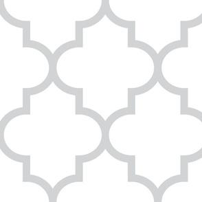 quatrefoil XL light grey on white