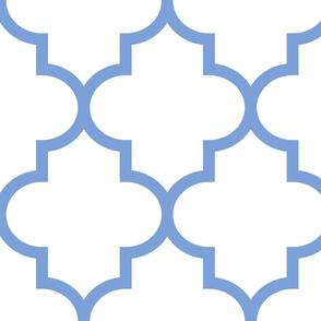 quatrefoil XL cornflower blue on white