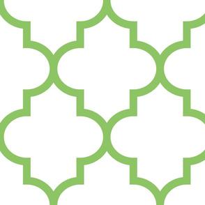 quatrefoil XL apple green on white