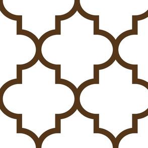 quatrefoil XL brown on white