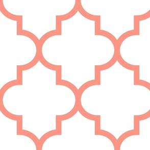 quatrefoil XL peach on white