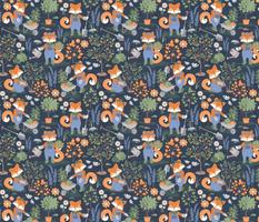 Small scale // The foxy gardener // orange foxes