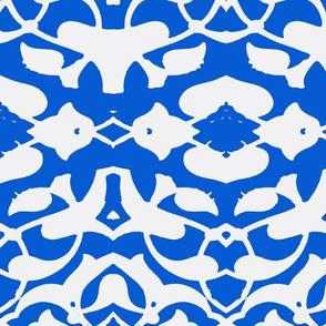 Tahtakale Pattern Silk Crepe de Chine-White-Blue