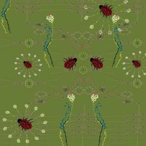 Green ladybird embroider 150 dpi