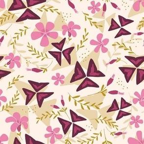 Purple Shamrock Floral Layered / Cream