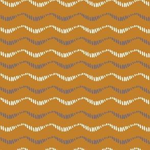 Textured wavy stripe on bronze/gold