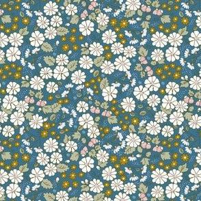 Ditsy Folk Flowers -tea leaf