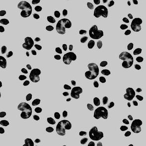 17-14B Black Paw Print on Gray