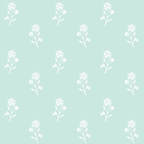 White Meadow Floral_SeaSpray