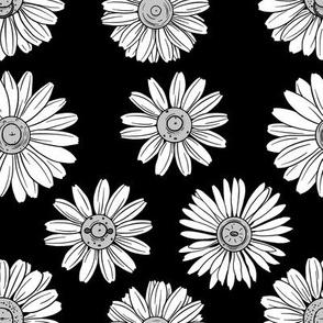 Nipple Daisy - Black and White
