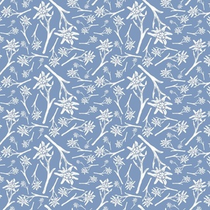 Edelweiss Lace Nr. 1 Warm Blue Medium