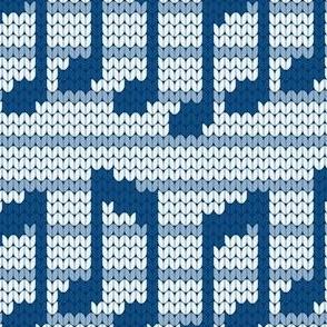 08210800 : knit snug as a bug
