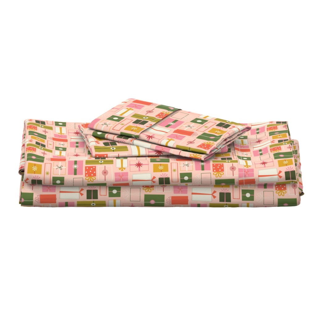 Langshan Full Bed Set featuring Wrapping Presents by katerhees