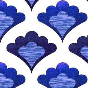 classic blue and white  scallop wallpaper