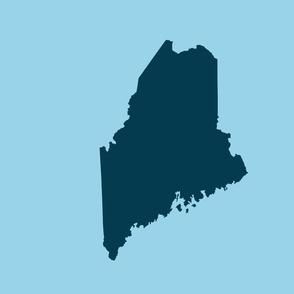 "Maine silhouette - 18"" navy on light blue"