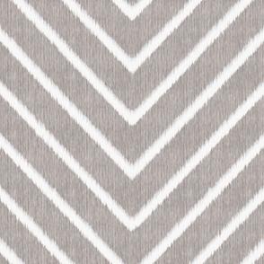 Chevron Chic - Maxi - Silver Grey