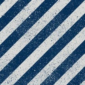 Diagonal Spatter Stripe Navy