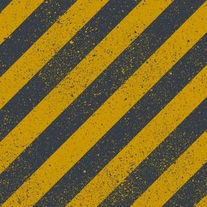 Diagonal Spatter Stripe Wizard Gold