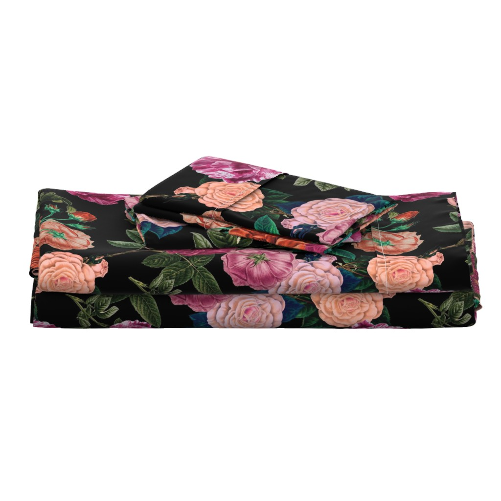 Langshan Full Bed Set featuring Moody Roses Black  by bruxamagica