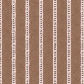 Scribble Ladder - Brown