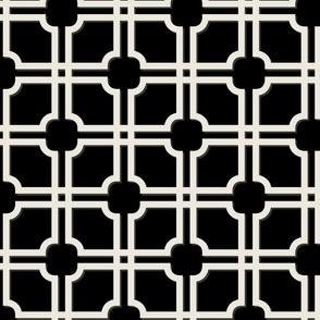 Lattice Gate // Ecru on Black
