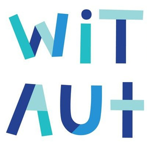 i love someone with autism on white XL
