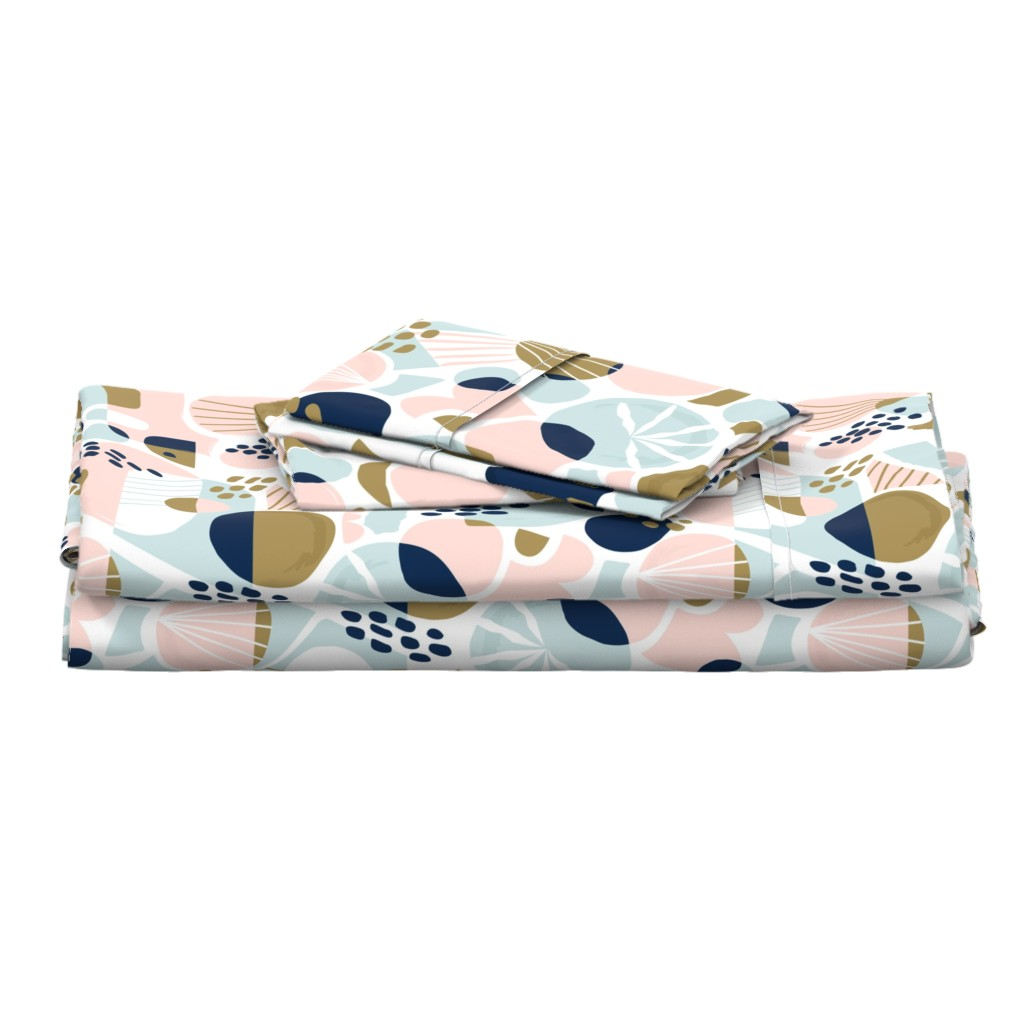 Langshan Full Bed Set featuring Sun Burst Abstract by rosalindmaroneyillustration