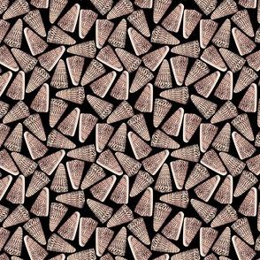 Small Cone Shells Black