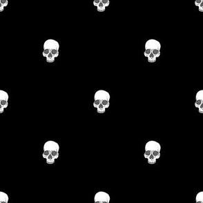 Skull Dots // Black