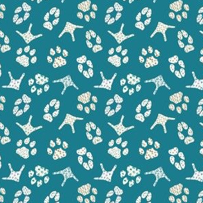 Goose fox dog and cat paw trace