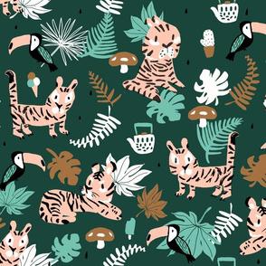 Tiger jungle tea time