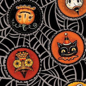 Halloween Saucers on Webs Black