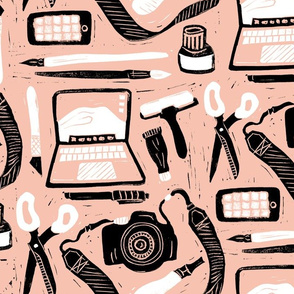 Tools for the creative peach