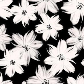 16_WhiteBlushFlowers_black