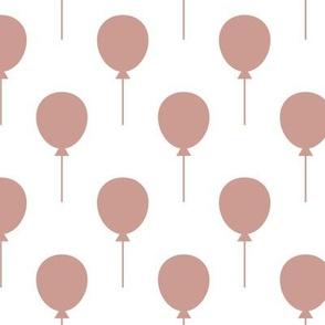 Balloon White / Rust