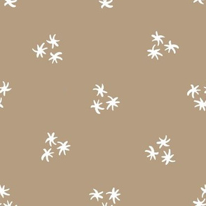 SIMPLE STARS - Beige and White