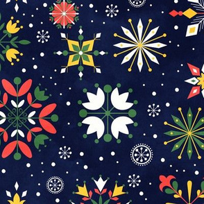 Floral Snowflakes White Green Bell