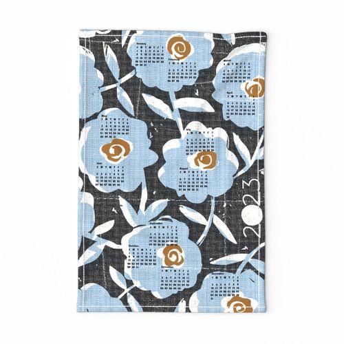 2022 blue flowers tea towel calendar