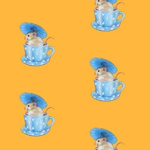 Parasol Mouse in a Teacup