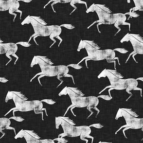 wild horses - black - LAD19