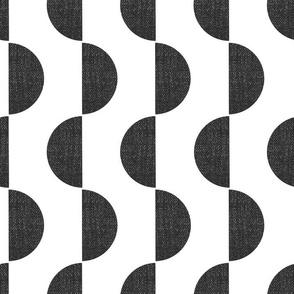 Black Semicircles