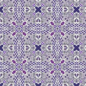 Dot play B, purple