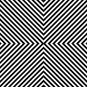 Normal scale • Diamonds black & white