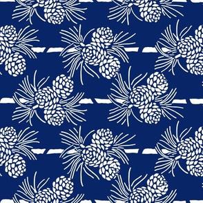 Christmas Tea Towels: Blue & White Pine Cones
