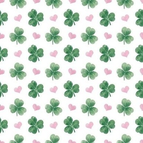 Three-leaf clovers with hearts // mini