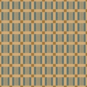 Porch Perfect plaid beige on blue 2022-12