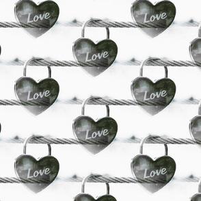 Black and white Heart padlock - Coeur cadenas noir et blanc