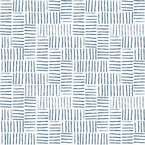 herringbone string white & classic blue