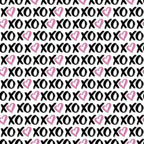 Xoxo pink hearts